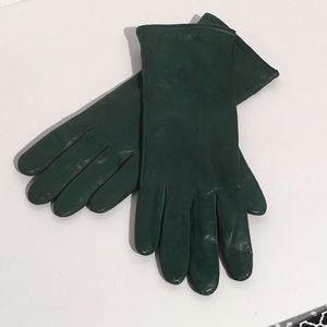 Green Lamb Isotoner Gloves
